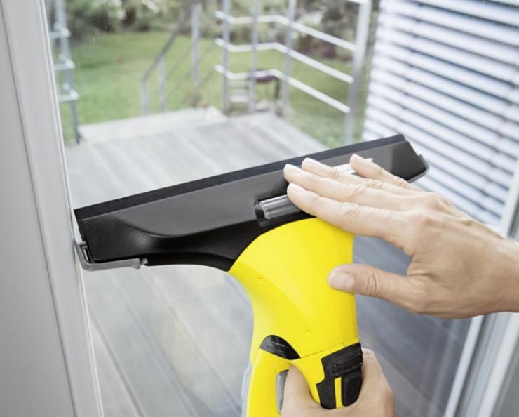 Jaký je nejlepší čistič / vysavač oken?
