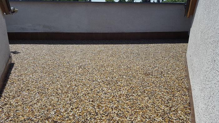 Kamenný koberec po položení