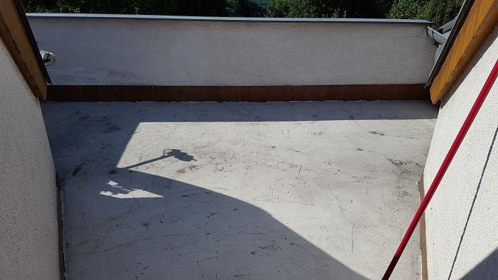 Balkón před položením kamenného koberce