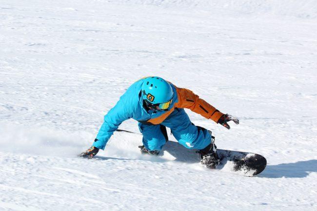 jak vybrat snowboard
