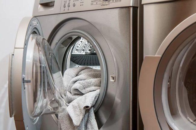 jak vybrat koš na špinavé prádlo