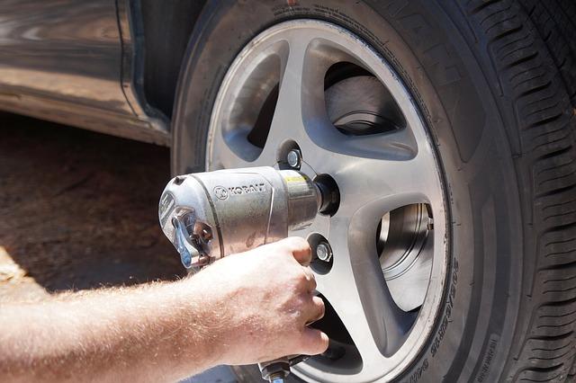 celoroční pneumatiky zákon