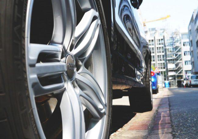 jak vybrat celoroční pneumatiky