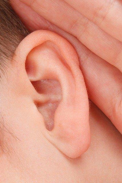 jak vybrat špunty do uší